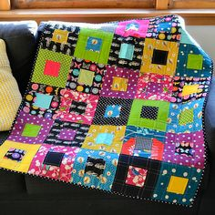 Adrianne from On the Windy Side made these two beautiful quilts as samples for an upcoming quilting class that she will be running at . I Spy Quilt, Lap Quilts, Quilt Baby, Homemade Quilts, Charm Quilt, Quilting Projects, Quilting Ideas, Square Quilt, Machine Quilting
