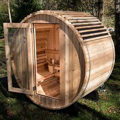 The Finnish Barrel Sauna - Hammacher Schlemmer Diy Sauna, Homemade Sauna, Outdoor Sauna, Outdoor Decor, Camping Am Meer, Sauna Design, Design Design, Interior Design, Barrel Sauna