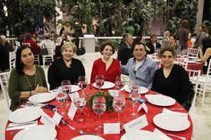 El día de ayer en el Museo de Historia Mexicana se realizó el evento anual de Amigos de la Historia. En este evento se realizó un recuento de actividades por parte de la Directora de 3 Museos, la Lic....