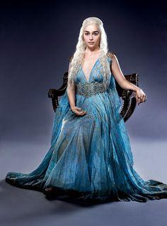Customized movie Game of Thrones Season 5 cosplay costume dress cosplay Daenerys Targaryen cosplay Dress - Winterfell Shop Daenerys Targaryen Cosplay, Game Of Throne Daenerys, Danyeres Targaryen, Khaleesi Costume, Daenarys Targaryen, Margaery Tyrell, Emilia Clarke, Movie Costumes, Cool Costumes