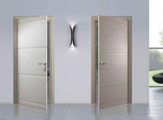Porte interne in legno laccato spazzolato grigio tortora | bagni ...