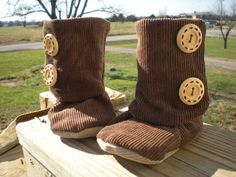 Brown Corduroy Baby Booties on Etsy, $15.00