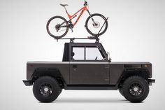 Bollinger Motors have unveiled the awesome an all-electric truck with 360 horsepower and up to 200 miles of range! After years of work and months of teasing, the spectacular sport utility truck has finally been presented. All Electric Truck, Electric Pickup, Electric Power, Electric Cars, Electric Vehicle, Electric Transportation, Car Fuel, American Motors, Pickup Trucks