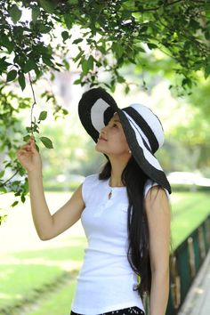 crochet a wide brim hat | handmade crochet women sun hat with wide brim in white and black ...