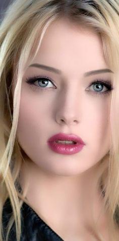 - very nice stuff - share it - ★♀Non Stop Beauty™ Most Beautiful Eyes, Lovely Eyes, Beautiful Women, House Beautiful, Cute Beauty, Beauty Full Girl, Beauty Women, Beauté Blonde, Blonde Beauty