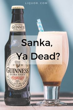 This variation on a Guinness Punch has ice cream stepping in for condensed milk and a splash of Appleton Estate rum for extra hair on the chest. Frozen Cocktails, Fun Cocktails, Fun Drinks, Party Drinks, Alcoholic Desserts, Dessert Drinks, Irish Whiskey Drinks, Appleton Rum, Desserts In A Glass