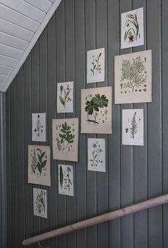 Oval Room Blue, 1920s House, Rustic Wood Walls, Swedish House, Vintage Botanical Prints, Piece A Vivre, Country Farmhouse Decor, Scandinavian Home, Colorful Wallpaper