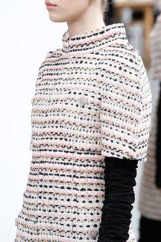 Chanel Couture : Chanel HC AW 2016-17 #Chanel #ChanelHauteCouture #ChanelAteliers Visitez espritdeg