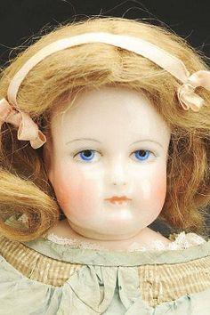 Rohmer doll.
