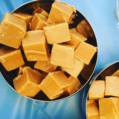 25 Sweet Thermomix Recipes To Make For A School Fete or Cake Stall Fondant Au Caramel, Salted Caramel Fudge, Caramel Recipes, Fudge Recipes, Dessert Recipes, Caramel Tart, Candy Recipes, Recipes Dinner, Bellini Recipe
