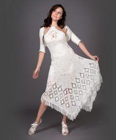 vestido de ganchillo con bolero. Crochet dress with bolero