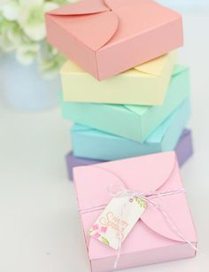 25 Spring Decor Ideas You Can DIY: DIY Petal Gift Boxes