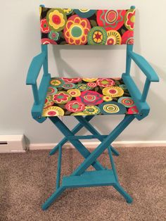 Old Directors Chair Redone With Chalk Paint.