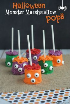 Easy-To-Make Halloween Marshmallow Monster Pops - From baking, decorating costumes and more I love everything Halloween. I also try to get my three-year-old daughter involved in the lead up to the festivities. That's why I love these easy-to-make Halloween Marshmallow Monster pops. Not only are the pops super cute for Halloween, but children love making and eating them! #HalloweenPops #Halloween #MarshmallowPops #HalloweenMarshmallowPop #MonsterPops #HalloweenTreats