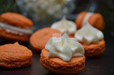 CAIETUL CU RETETE Macarons, Dessert Bars, Biscotti, Frosting, Cheesecake, Deserts, Sweet, Alba, Food