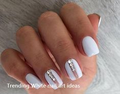 Nails in white gel: A range of ideas to adopt a very chic winter nail art Symbolizing purity, in winter, white is associated with snow and flakes. That's why white gel nails are a favorite during the cold season. The gel pol. Elegant Nail Designs, White Nail Designs, Short Nail Designs, Nail Art Designs, Nails Design, White Nails With Design, Gel Designs, White Gel Nails, White Nail Art
