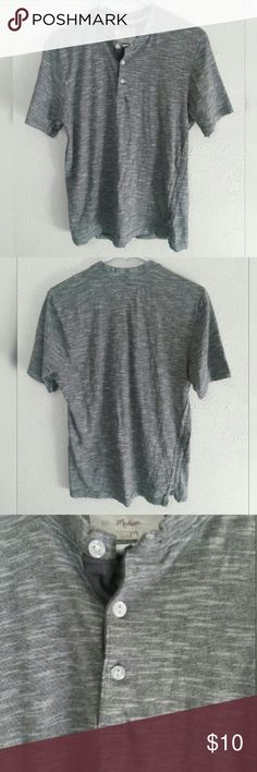 Button T-shirt Grey t-shirt with buttons on the front. All prices are negotiable. Hudson & Barrow Shirts Tees - Short Sleeve