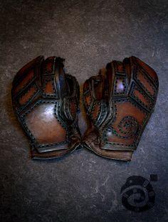 Combat Gloves by Lynfir