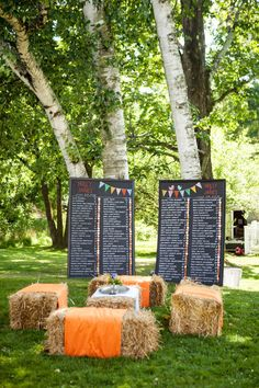 hay bales and sweet signage makes for one fabulous cocktail hour Photography by wrenandfield.com, Floral Design by mkfloral.com