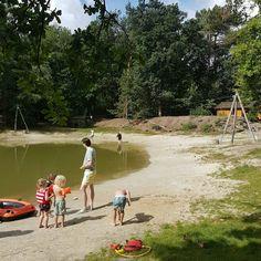 Camping Hartje Groen in Brabant bij Schaik Oss Den Bosch en Nijmegen Weekender, Camping Life, Outdoor Life, Where To Go, Day Trips, Holland, Camper, Golf Courses, Dolores Park