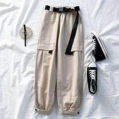 Casual School Outfits, Cute Comfy Outfits, Teen Fashion Outfits, Edgy Outfits, Korean Outfits, Retro Outfits, Cargo Pants Women, Pants For Women, Look Cool