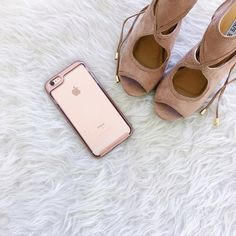 TGIF . Nude sandals  @caseology case to kick off the weekend! @liketoknow.it www.liketk.it/2agYQ #liketkit by champagneandsequins