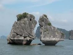 Beside the cruises, top luxury Halong Bay cruises includes Emeraude cruise, Ginger cruise, Victory Star cruise, etc...Top-ranked at the moment is for their deco, service and luxury level.
