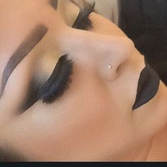 Black lipstick make up Makeup On Fleek, Flawless Makeup, Cute Makeup, Pretty Makeup, Skin Makeup, Makeup Goals, Makeup Tips, Beauty Makeup, Hair Beauty
