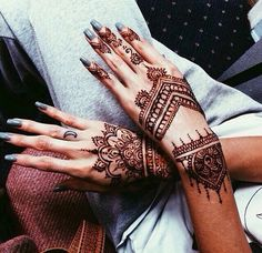 henna tattoos, hipster style, summer style, black henna, indie boho fashion, tanned hands, grey sweat pants