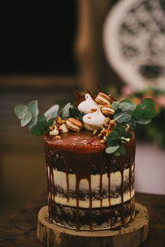 Macaron caramel #wedding cake to die for // Photography: Jess Jackson Photography