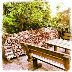 Wood Firewood, Texture, Crafts, Instagram, Surface Finish, Woodburning, Manualidades, Handmade Crafts, Craft