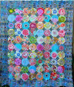 Kaffe Fassett 2010 workshop: snowball quilt top by Julie at La Todera