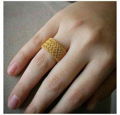Gold Jewelry Simple, Gold Rings Jewelry, Jewelry Design Earrings, Gold Earrings Designs, Jewelry Accessories, Women's Jewelry, Body Jewelry, Fashion Earrings, Fashion Jewelry