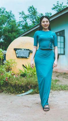 Model Girl Photo, Asian Model Girl, Myanmar Traditional Dress, Traditional Dresses, Korean Girl Fashion, Asian Fashion, Burmese Girls, Myanmar Women, Asian Lingerie