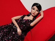 Glam Addict Giselle by JennFL2, via Flickr