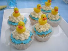 "ordering cupcakes at walmart | like the white ""soap"" clouds in this cupcake design. Don't they look ..."