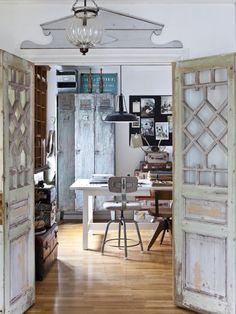 craft room, vintage industrial style - photo: Carina Olander