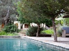 Natrual stone swimming pool