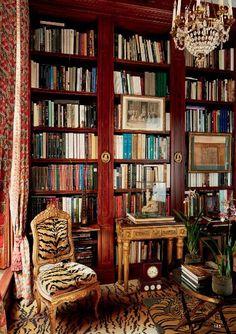 decordesignreview:  library in Parisian apartment