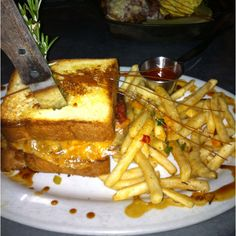 Yum!!! Meatloaf Sandwich @ Hash House A Go Go