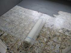 Wand- und Bodenflächen wurden bei diesem Projekt mit BetonCire gestaltet. Nicht ganz alltäglich war hier die Aufarbeitung und der Wi...