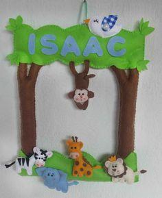 Porta maternidade tema safari, as cores e os bichinhos podem ser alterados de acordo com sua preferência.