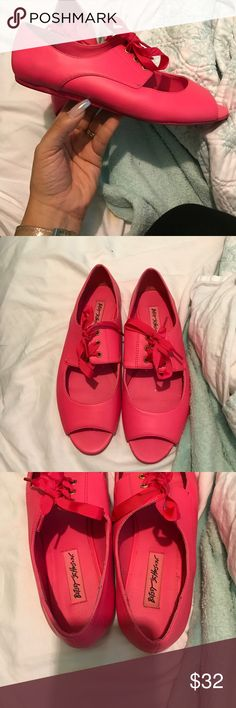 Bright pink Betsey Johnson shoes size 8 Used pink Betsey Johnson shoes size 8... normal wear on bottoms and insides.. see photos Betsey Johnson Shoes Flats & Loafers