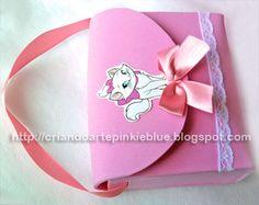 Pinkie Blue Artigos para festa: Bolsinhas de e.v.a da Gata Marie