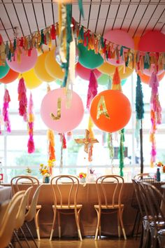 Bright and fun party vibe. Love it!