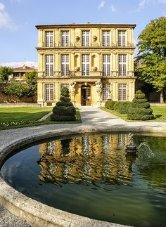 "The Pavillon de Vendôme by philhaber, via Flickr (The Pavillon de Vendôme, located in Aix-en-Provence, was built around 1667 by the Duke of Vendôme to provide a discreet location for his affair with the ""Belle of Canet."")"