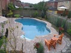 Backyard Getaways - Custom Swimming Pools & Backyards Toronto Swimming Pools Backyard, Pool Landscaping, Pool Images, Backyard Paradise, Small Pools, Pool Designs, Outdoor Projects, Decoration, Curb Appeal