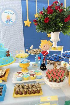 Prince Birthday Theme, 2nd Birthday Parties, Birthday Cake, Little Prince Party, The Little Prince, Little Star, E Design, Circo Vintage, First Birthdays