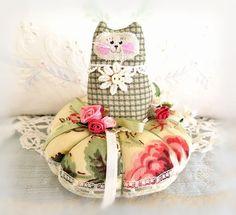 Cat Pincushion 5 inches, Brick Red Coral Yellow Green, Decor Fabric & Cotton Fabric Primitive Cloth Doll Decoration Soft Sculpture Folk Art