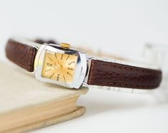 Mid century beauty watch her petite lady's watch Ray by SovietEra